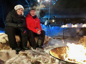 Carina Olset og Hans Petter Dalby ønsker velkommen til NRK1 og Finnmarksløpet i 2018.