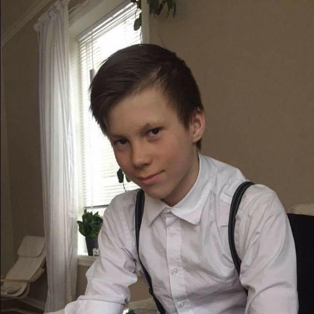 OLE BLIR DEN YNGSTE: Mathias Bergmo (født 8. juli 2002) er til dags dato tidenes yngste deltaker i et Finnmarksløp. Den rekorden slår Ole Henrik Isaksen Eira (født 22. oktober 2003) dersom han gjør som planlagt, nemlig å kjøre Finnmarksløpet junior 2018.