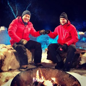 Gunnar Grindstein og Hans Petter Dalby i NRKs utestudio i Jergul.